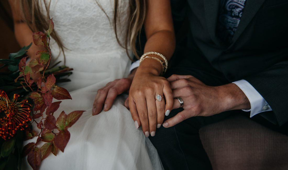 Okanagan Elopement Photographer, BC Adventure Wedding Photographer